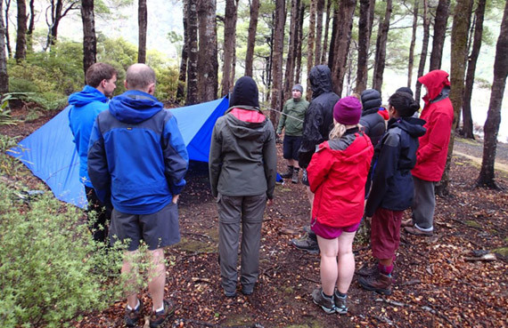 https://my.fmc.org.nz/sites/default/files/civicrm/persist/contribute/images/uploads/static/Learning_about_shelter_on_a_WTMC_Bushcraft_course_Photo_credit_Kevin_Cole_1024x768_b77dbb0ee4f86e290369c2f48fec0f79.jpg